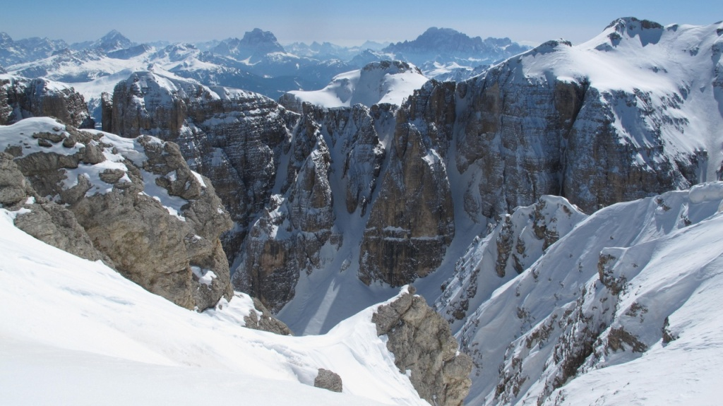 want to ski some nice lines? come to the dolomites!