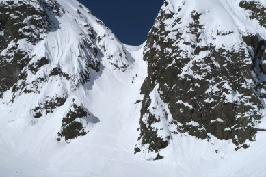 Access couloir, big cornice!